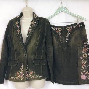 Apostrophe Embroidered Denim Jacket Skirt Set 10
